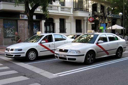 El Ayuntamiento de Madrid dará 1.000 euros por cada nuevo taxi ecológico.