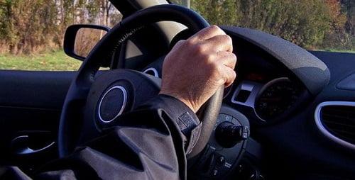 """La mayoría de los conductores europeos dice que su vida sin coche sería """"imposible""""."""
