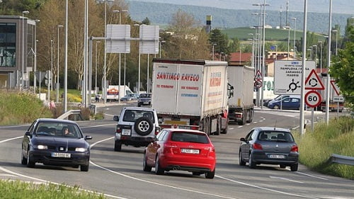 Cada transportista pagará 1.080 euros más al año por el impuesto al biodiésel.