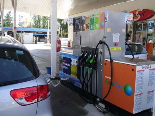Un litro de GLP, casi un 50% más barato que la gasolina