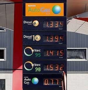 Llenar el depósito en Vigo llega a variar 7 euros de lunes a viernes