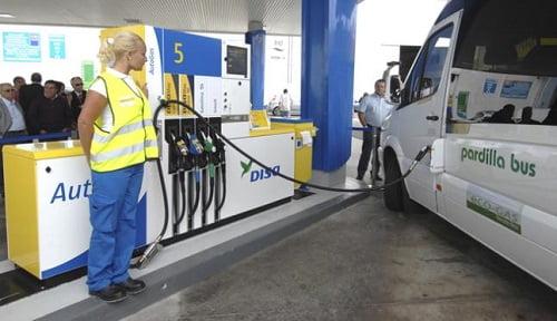 DISA inaugura la primera estación de gas para vehículos en el Archipiélago Canario