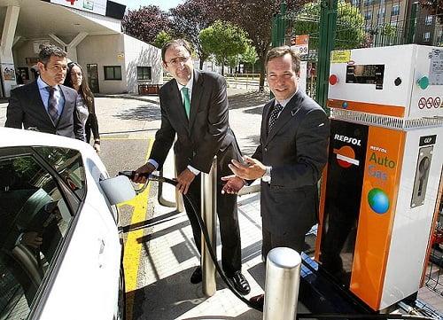 Palencia estrena su primer punto de suministro público de autogas/GLP