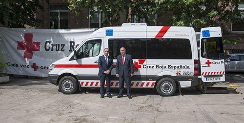 Fundación Repsol dona a Cruz Roja un vehículo AutoGas adaptado para personas con movilidad reducida