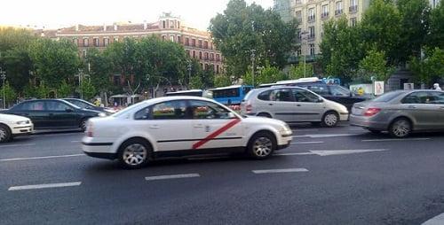 Madrid dará hasta 6.000 euros a los taxistas para cambiar de coche en función del rango de emisiones