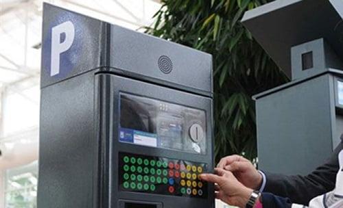 Cómo usar los nuevos parquímetros de Madrid, donde los vehículos a autogas/GLP y GNC tienen descuento