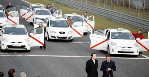 El superventas del taxi se derrumba: el gremio da la espalda al Toyota Prius por un problema de garantías