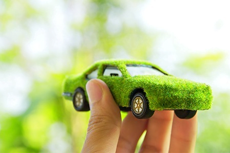 El consistorio promueve el vehículo eléctrico y el autogas GLP