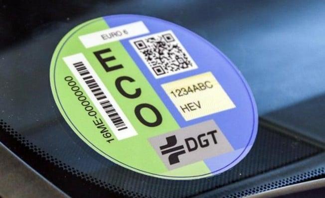 Cómo consultar online el distintivo ambiental de tu vehículo
