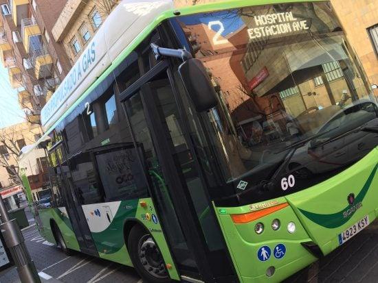 Los autobuses propulsados a GNC ya circulan por las calles de Ciudad Real