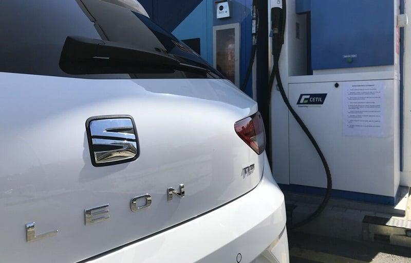 Seat León de gas, cómo recorrer 1.192 kilómetros por 41,52 euros